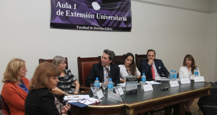 Sandra Negro, Leila Devia, Silvia Nonna, Alberto Moreira, Magdalena García Ellorio, Christian Sommer y Claudia Oviedo