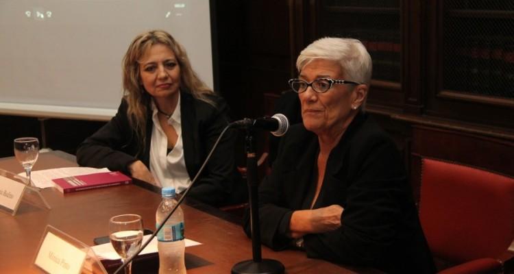 Virginia Badino y Mónica Pinto