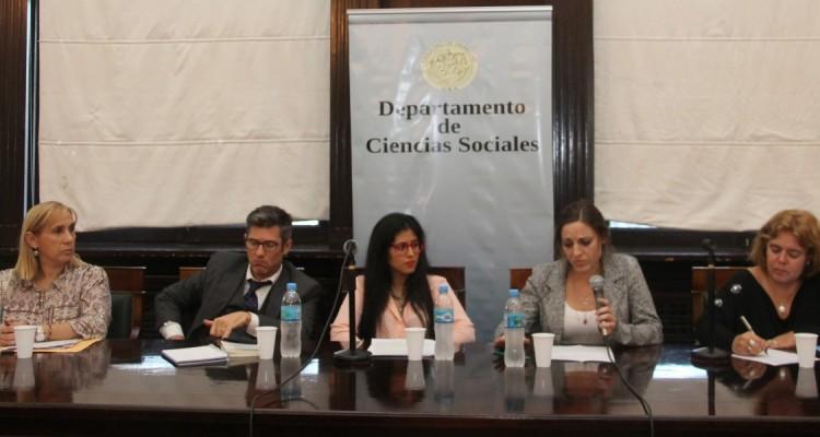 Sandra Matisevich, Matías Michenzzi, Daiana Loffreda, Constanza Falcon y María de las Victorias González Silvano