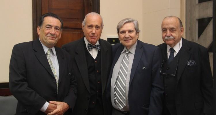 Pedro Marcos Rougés, Jorge R. Vanossi, Alberto Bueres y José Osvaldo Casás