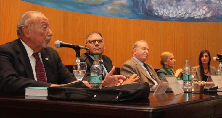 Néstor P. Sagüés, Calogero Pizzolo, Daniel Sabsay, Susana Albanese y Andrea Ogliese