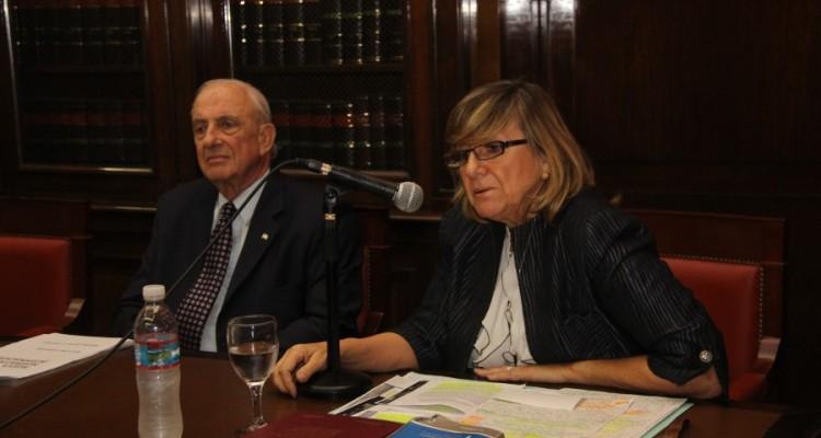 Raúl A. Etcheverry y María Elsa Uzal