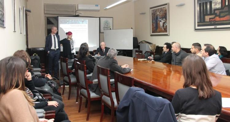 Presentación de ponencias de egresados de la Carrera de Especialización en Derecho Informático