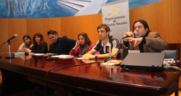 María Rosa Ávila, Ana Arzoumanian, Julián Axat, Andrea Gastron, Guido Croxatto y Ricardo Rabinovich-Berkman