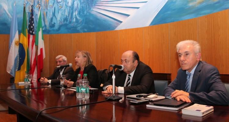 Luis Ugarte, Graciela Medina, Osvaldo Pitrau y Jorge Berbere Delgado