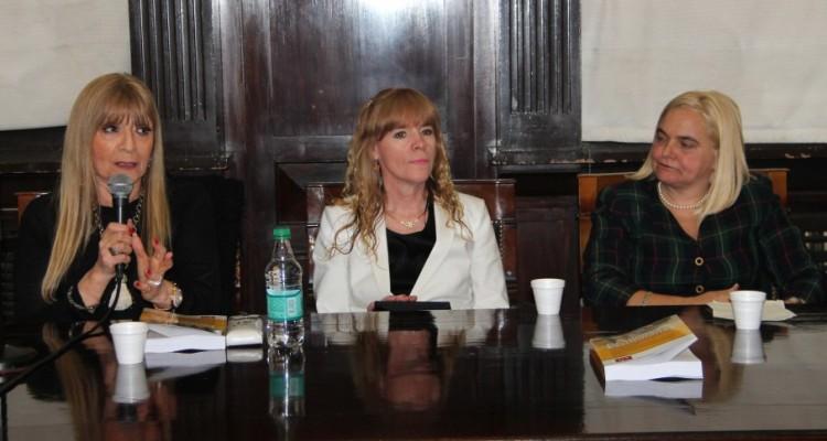 Eleonora Casabé, Susana Violeta Sierz y Luciana Torres Dubecq