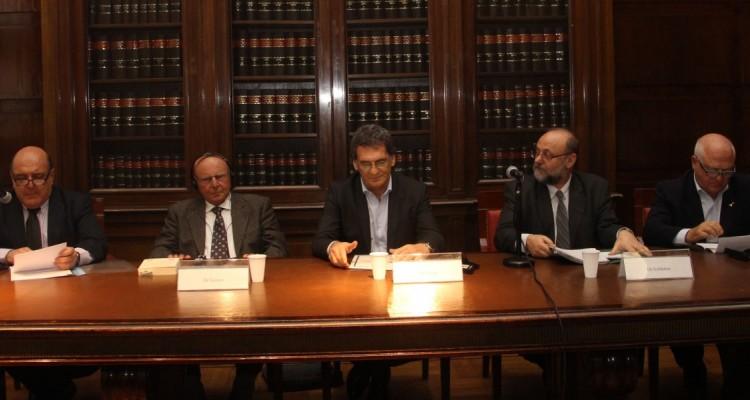 Roberto Malkassian, Yves Ternon, Claudio Avruj, Yosi Goldstein y Héctor Sussman