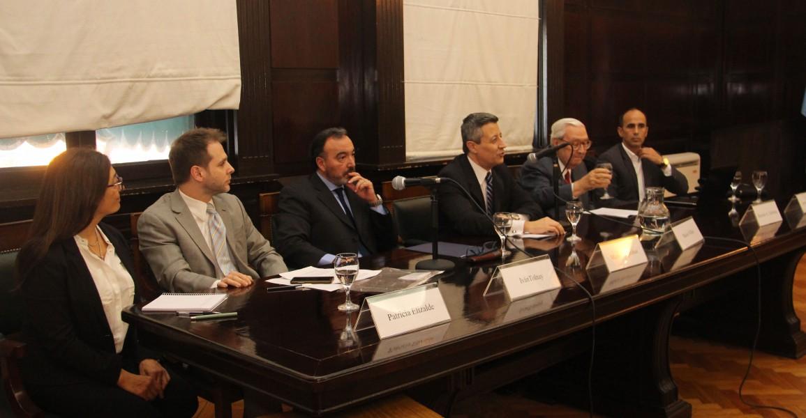 Patricia Elizalde, Iván Tolnay, Mario Magariños, Mario Villar, Ricardo A. Guibourg y Javier de la Fuente