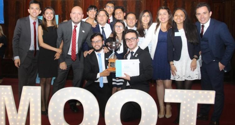 La Universidad ganadora de la competencia fue la Universidad Nacional de Colombia (Colombia)