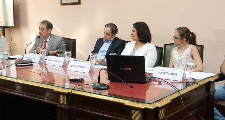 Julieta Lobato, Héctor O. García, Guillermo Gianibelli, Andrea Del Bono, Victoria Gallo y Luis Campos
