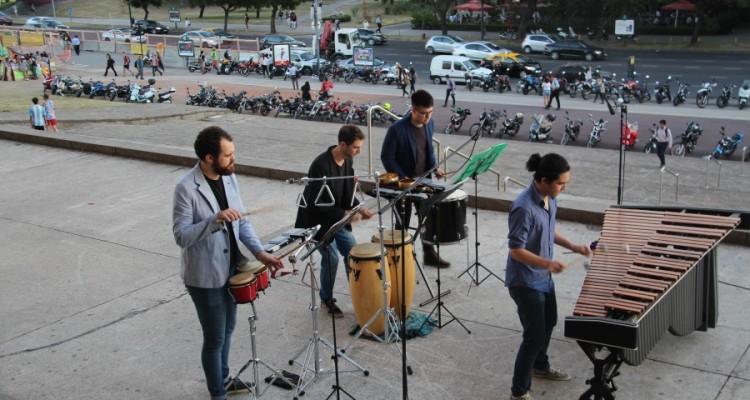 Ensamble de Percusión del Conservatorio Astor Piazzolla, a cargo de Marina Calzado Linaje