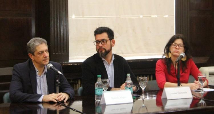 Marcelo Alegre, Jonatan Valenzuela y Flavia Carbonell