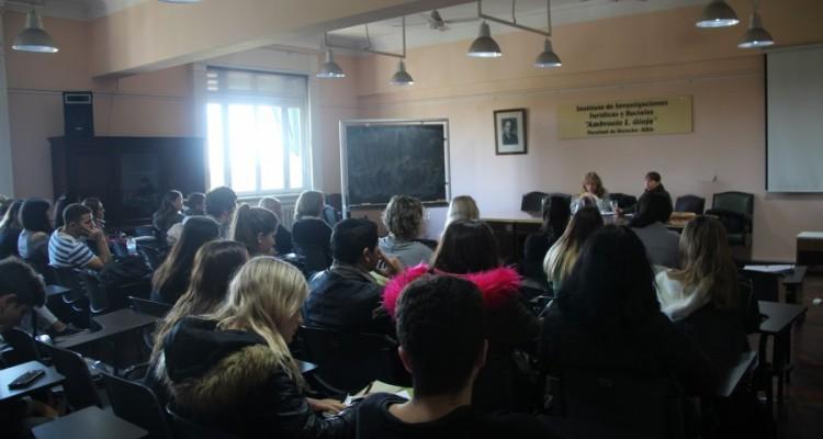 """V Seminario-taller """"Aproximaciones a la historia argentina desde la educación universitaria. Capítulo Miradas femeninas"""""""