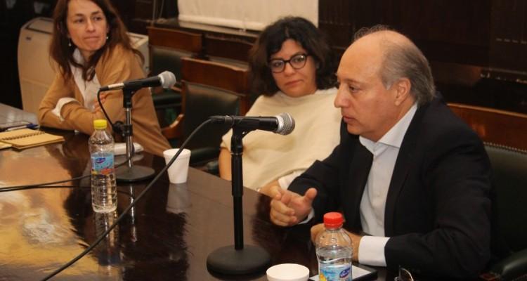 Laura Pautassi, Luz Patricia Mejia y Víctor Abramovich