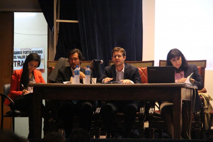 Silvina A. Alonso, Mario Laporta, Juan Pablo Fridenberg y Carolina Robiglio