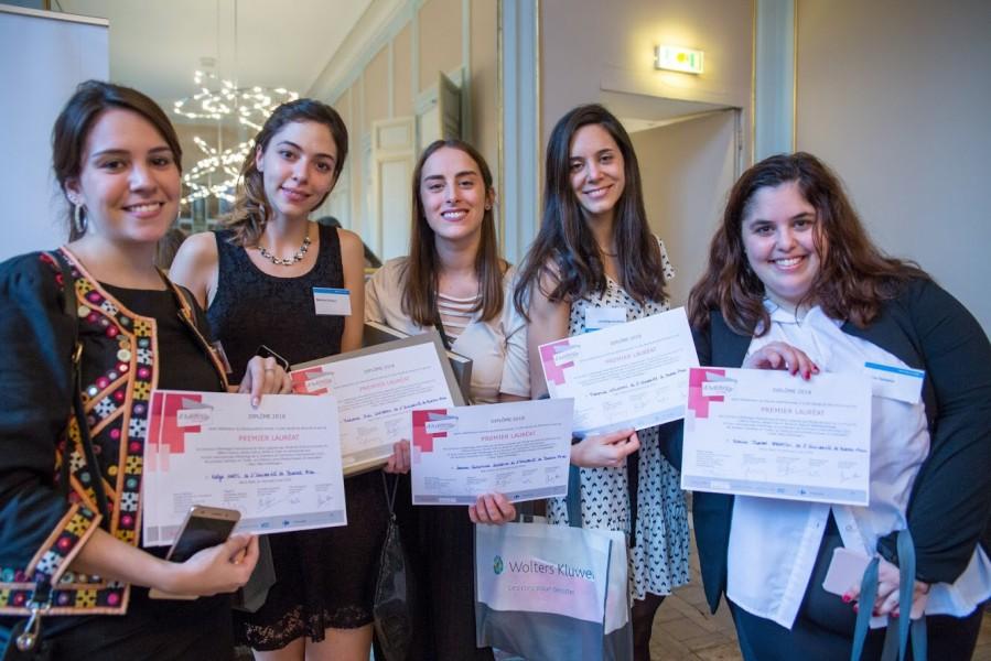 Katya Hartl, Mariana Cordero, Laura Rossello, Florencia Wajnman y Karina Sabatini