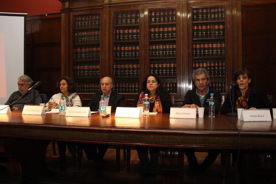 Eduardo Reese, Gabriela Merlinksy, Víctor Abramovich, Laura Rocha, Mario Gómez y Julieta Rossi