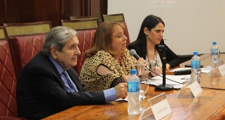 Alberto J. Bueres, Beatriz Rodriguez y Gabriela Urthiague