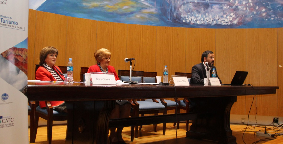 Norma Silvestre, Graciela Güidi y Christian Castex