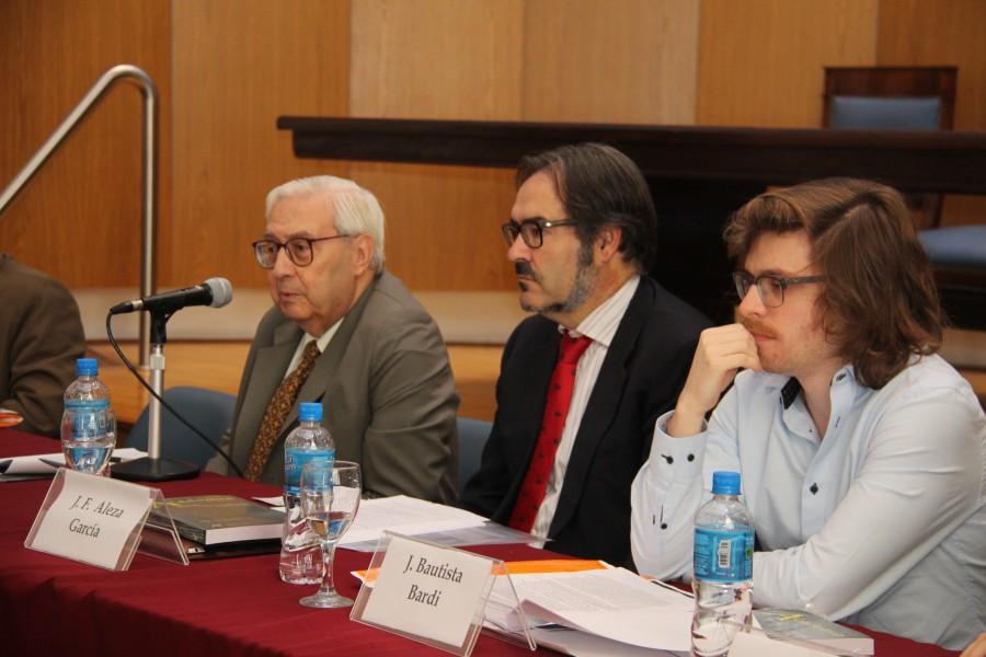 Los días 31 de octubre, 1 y 2 de noviembre se realizó el encuentro IV Inter-escuelas de Filosofía del Derecho, convocado por la Maestría en Filosofía del Derecho de la Facultad con el apoyo y colaboración del Departamento de Filosofía del Derecho.