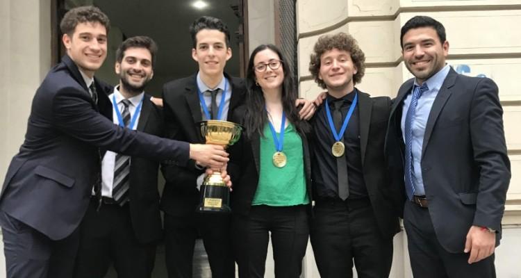 Manuel Gallo, Juan Cúneo, Lautaro Cardozo, Vanina Pieczanski, Jerónimo Reinhold y Mauro Lopardo