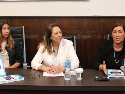 Aldana Rohr, Elsa Álvarez Rúa y Silvina S. González Napolitano