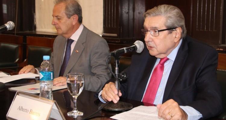 Sergio Urrejola Monckeberg y Alberto J. Bueres