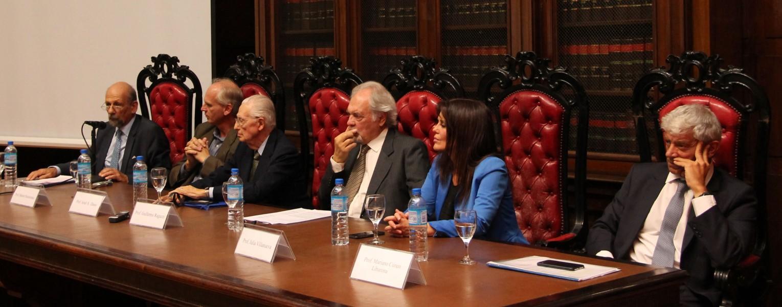 Rafael M. Manóvil, Martín Paolantonio, Ariel A. Dasso, Guillermo Ragazzi, Julia Villanueva y Mariano Cúneo Libarona