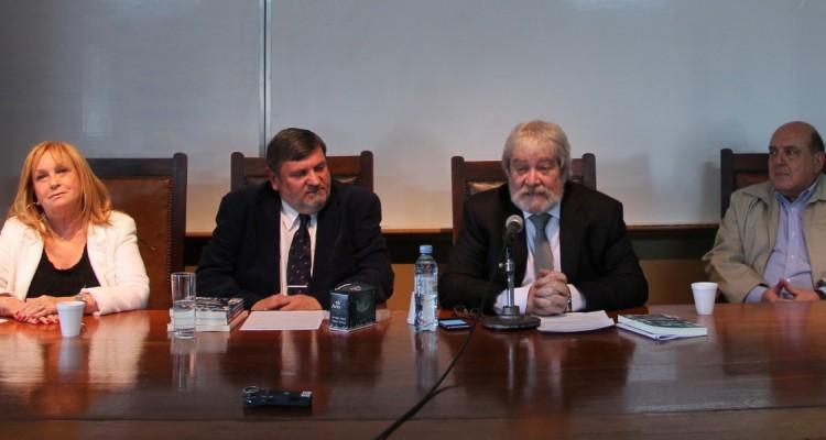 Graciela Jinich, Mario Sinay, Gregorio Flax y Roberto M. Malkassian