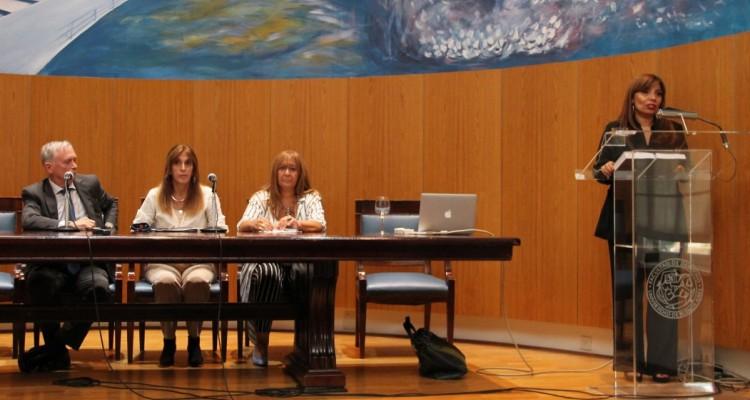 Horacio Knobel, Mónica Pezzoni, Cinthia Cortés y Karina M. Barreiro