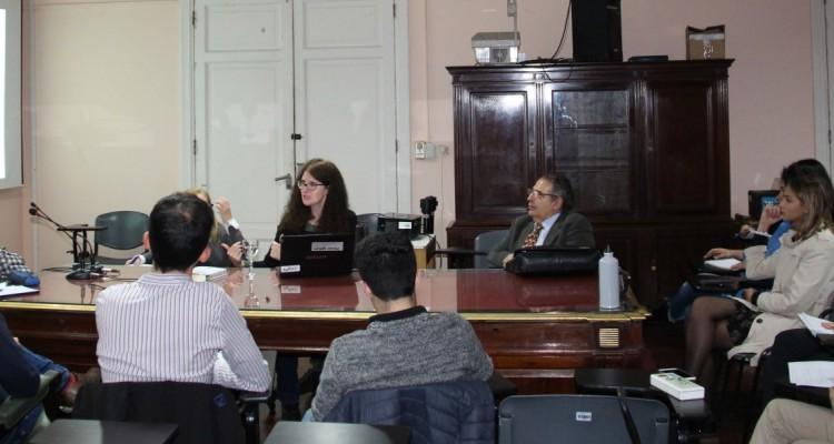 """El 26 de abril se realizó el encuentro sobre derechos sociales """"El caso Cuscul Piraval vs. Guatemala de la Corte IDH y la exigibilidad directa del derecho a la salud"""", que organizaron en conjunto los proyectos PICT 2015-3239 (Los DESC como Derechos Exigibles en Argentina: Aportes para una metodología de argumentación desde una perspectiva integral), DeCyT 1801(La igualdad interpelada: acción colectiva y reacción judicial a través de la jurisprudencia) y DeCyT 1809 (Teoría principialista de los derechos sociales constitucionales)."""