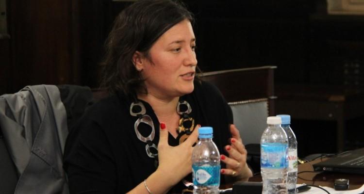 La profesora Liliana Ronconi durante el tercer encuentro del taller de formación.