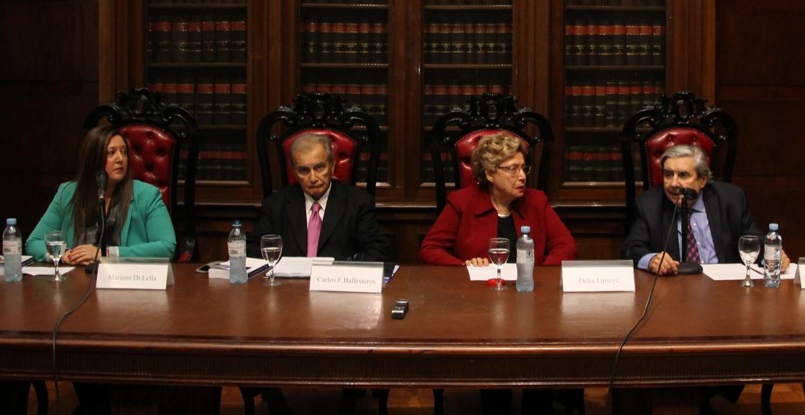 Mariana Di Lella, Carlos Fernández Ballesteros, Delia Lipszyc y Alberto J. Bueres