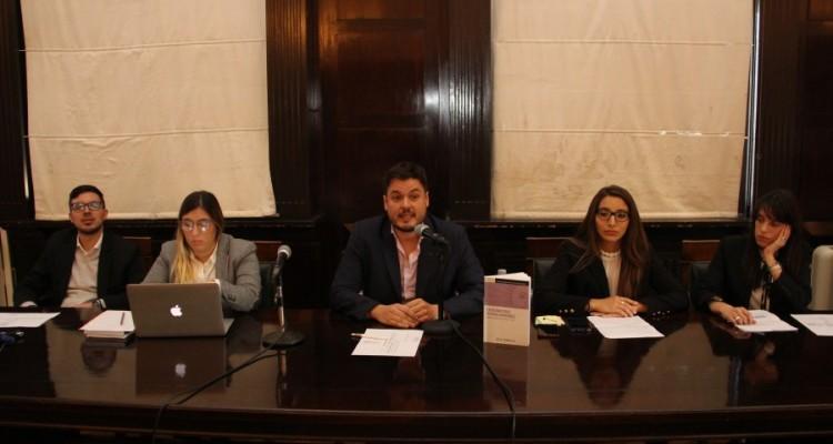 Martín Testa, Caren Kalafatich, Sebastián Barocelli, Vanina Rios y Débora Marhaba