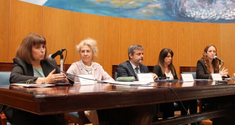 Sandra Negro, Lorenza Sebesta, Gonzalo Álvarez, María Victoria Álvarez y María Verónica Laroca