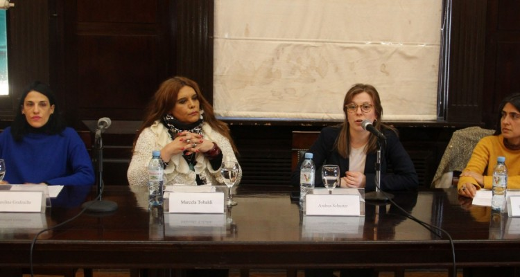 Carolina Grafeuille, Marcela Tobaldi, Andrea Schuster y Laura Saldivia Menajovsky