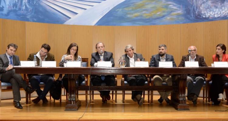 Javier Lancestremere, Julián Axat, María Fernanda Rodríguez, Marcelo Gebhardt, Gabriel Astarloa, Arturo Pozzali, Luis Duacastella y Laura Grindetti