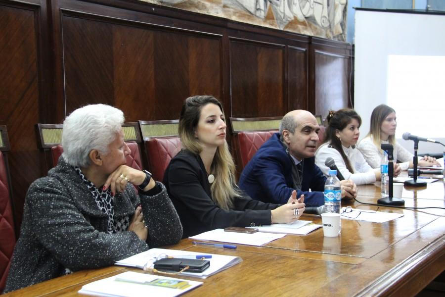 Eva M. Canovil, Paula Mayor, Nestor E. Solari, Noelia Cortinas y Cecilia Duzdevich
