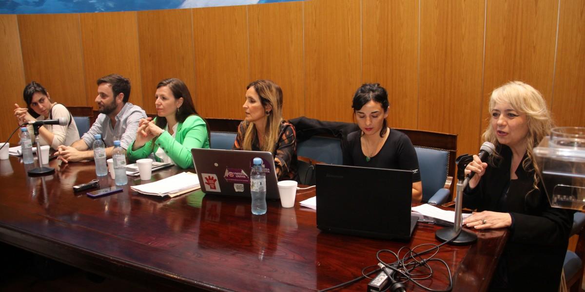 Malena Derdoy, Nicolás J. Papalía, Natalia Figueroa, Genoveva Cardinali, María Belén Dileo y Virginia Badino