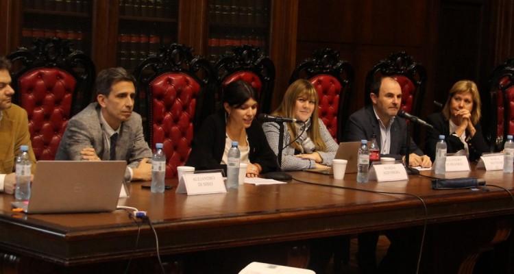 Matías Chacón, Alejandro Di Sibio, Carmen Chouciño Storani, Marisa Aizenberg, Alejandro A. Echegaray, Marta Mattiussi y Cristina Carreras Lobo