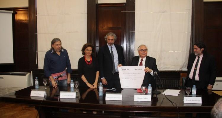 La UBA distinguió con el doctorado honoris causa al profesor Manuel Castells