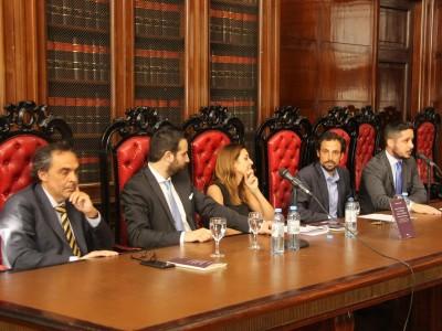 Raúl Gustavo Ferreyra, Diego A. Dolabjian, María Fernanda Lombardo, Mario F. Cámpora y Leandro A. Martínez