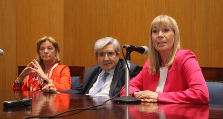 Leila Devia, Alberto J. Bueres y Silvia Nonna