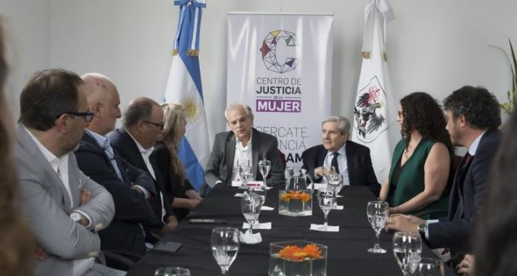 Firma de convenio con el Consejo de la Magistratura de la Ciudad Autónoma de Buenos Aires para brindar asistencia y patrocinio gratuito a las víctimas de violencia