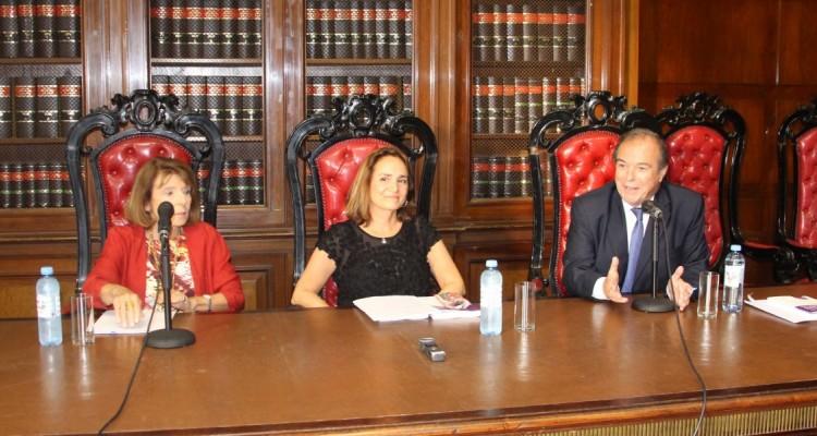 María C. Marsili, Carmen de Cucco Alconada y Marcelo Gebhardt