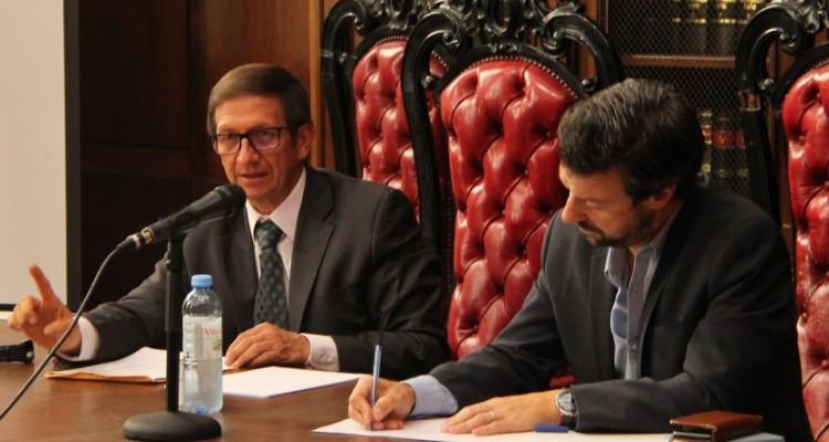 Luis Fallas López y Emiliano J. Buis