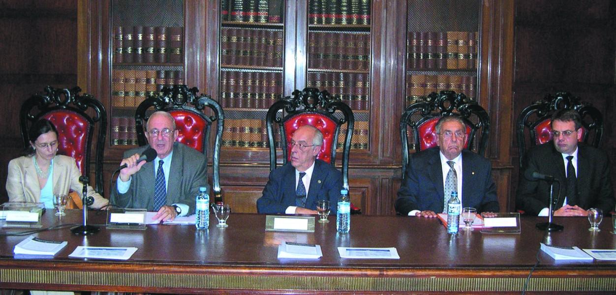 Ana Eiras, Raúl Etcheverry, Atilio Alterini, Héctor Sandler y Claudio Lutzky