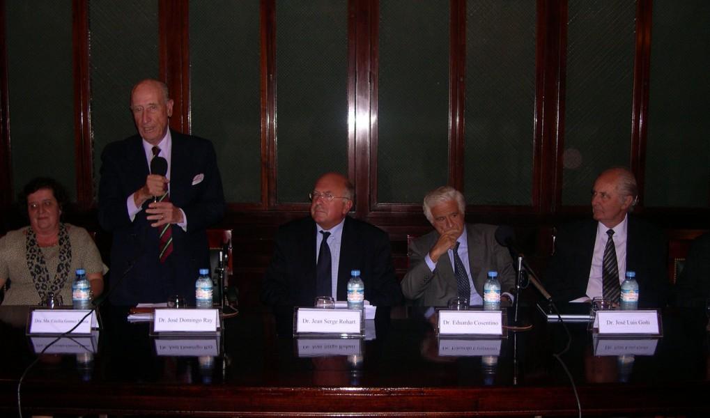 Conferencia de Jean Serge Rohart. Los problemas inherentes a la responsabilidad y garantía sobre la indemnización en caso de contaminación de hidrocarburos.