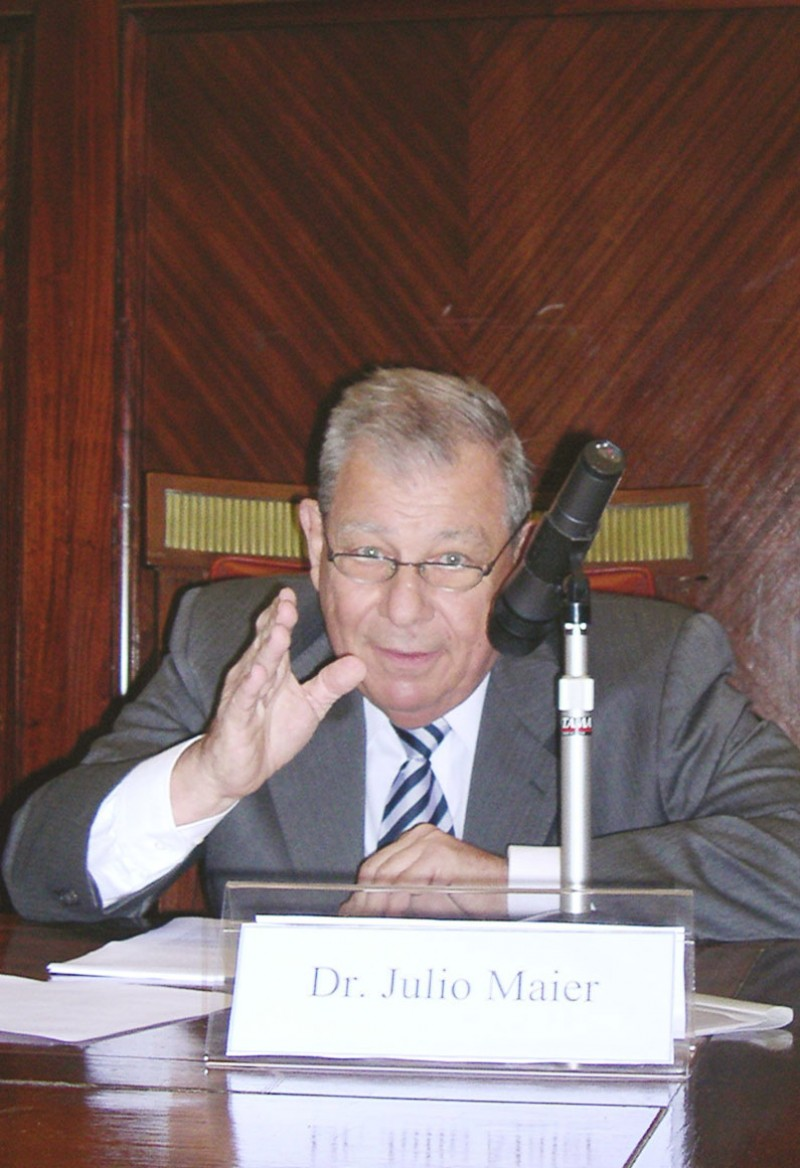 Julio Maier