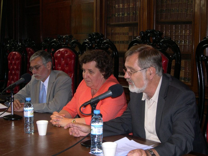 Pedro Aberastury, María Cecilia Gómez Masía y Armin Früehauf